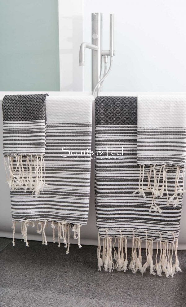 Fouta towel Neutral Positive/ Negative Thin Stripes