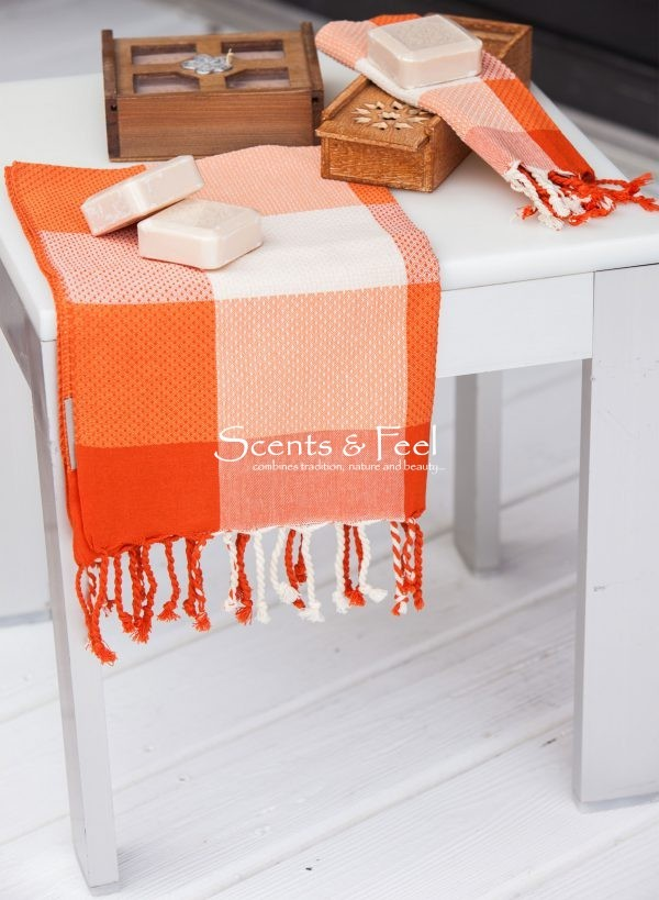 Guest Towel Asymmetrical Stripe