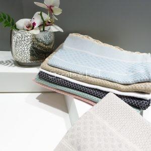 Guest Towel Honeycomb Polka Dots Jacquard