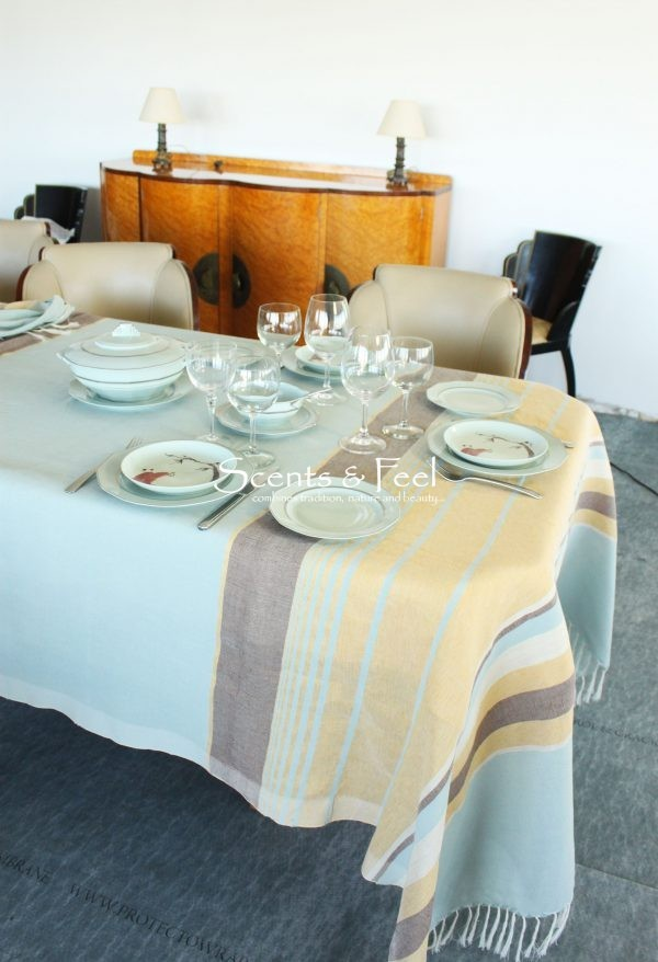 Set of Tablecloth with Multi Stripes and its 12 napkins