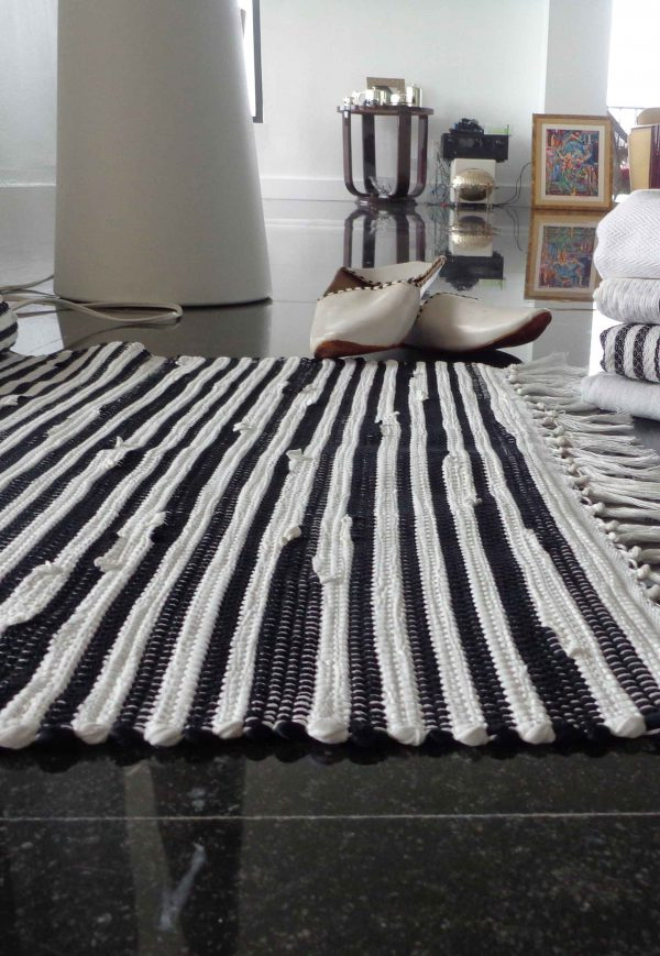Hand Woven Cotton Rug