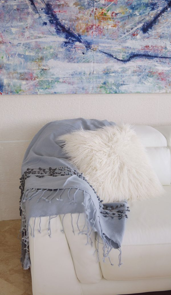Throw Wool Bicolor Pompom Light Weight