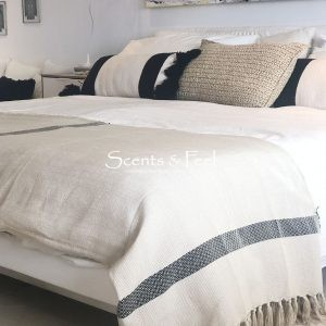 Throw Paris Bicolor Stripes Beige Black